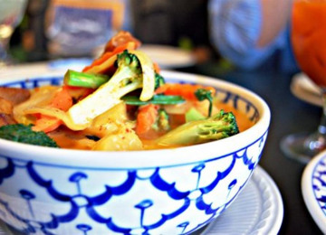 thai-curry-dinner.jpg