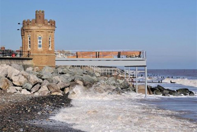 Rebuilding the Withernsea Pier