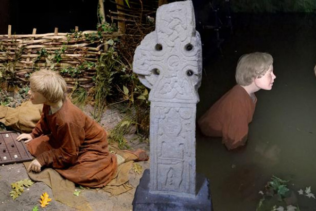 Reimagining JORVIK-The Middleton Cross