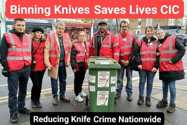 Binning Knives Saves Lives Havering