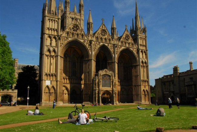 Cathedral  & Precinct  Improvement