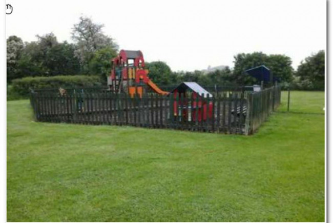 New Play Equipment for Dagnall Rec